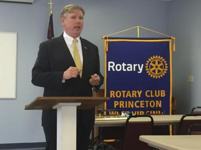 Bluefield State College President Robin Capehart speaks to the Princeton Rotary Club at the organization's April 26 meeting.